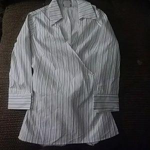 Wrap around Kabuki style plunge blouse very nice!